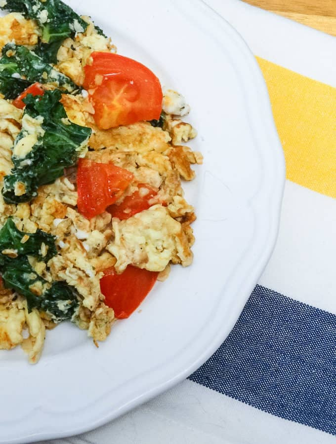 Healthy Whole 30 Scrambled Eggs